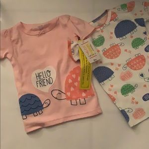 Beautiful Carters 18 month baby girl short sleeve